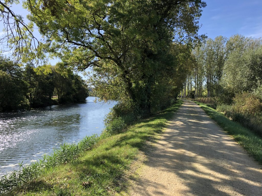 """Cycling on """"Loire a Velo"""""""